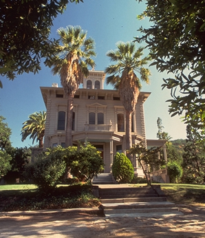 Visit the stately Victorian home of John Muir and then take a hike around Mt. Wanda. (courtesy NPS)
